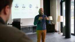 up2b-firecamp-2019-accelerator-programm-teilnehmer-pitch-startup-gruender-gruenden